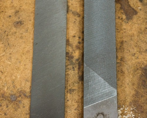 How to Sharpen Garden Tools - 2 files detail