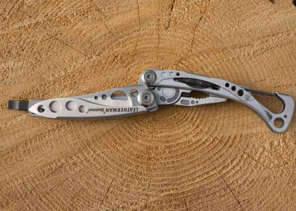 Leatherman Skeletool Half Open