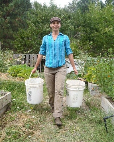Healthy posture in the garden - Cass Balance 1